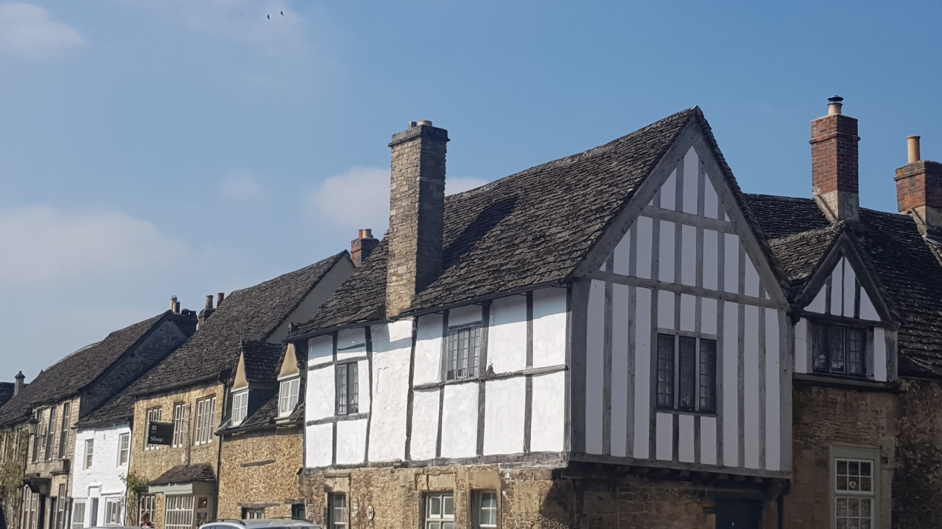 Lacock Village in the Cotswolds. Day Tour