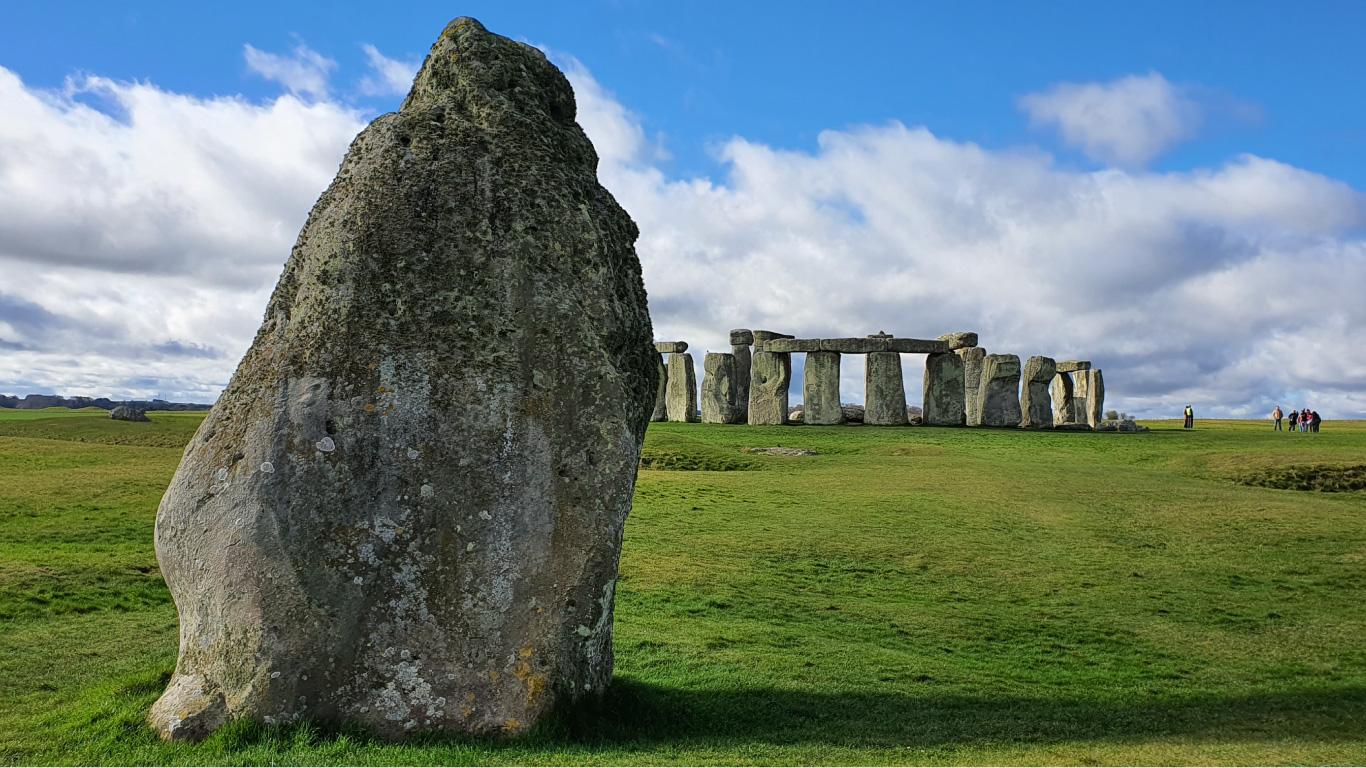 Visit Stonehenge Stone Circle